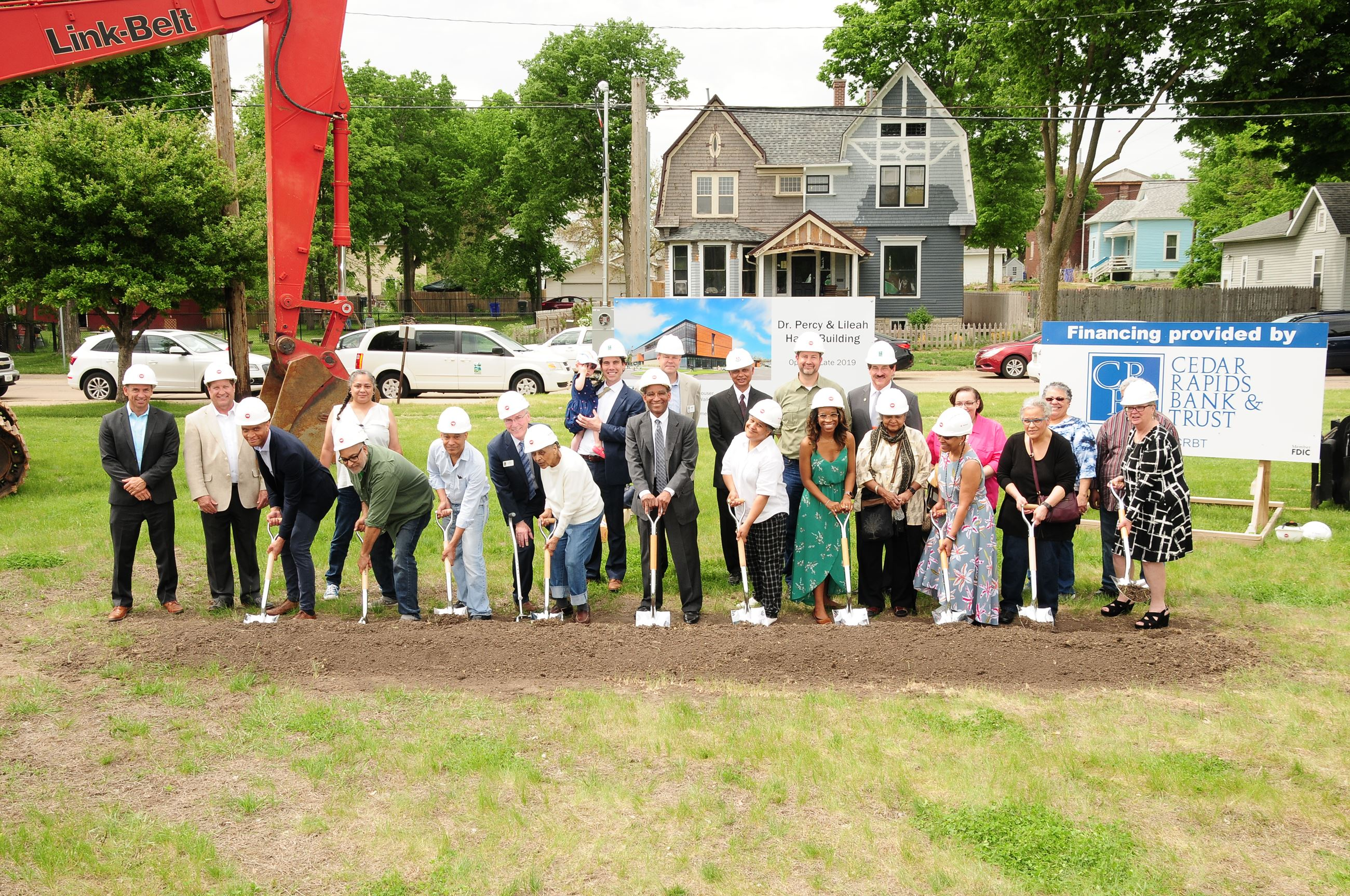Harris Family and Linn County staff breaking ground