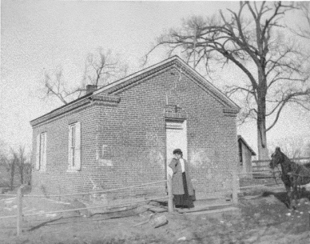 Vintage photo of Abbe Creek School